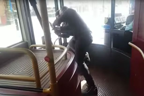 Terrifying moment hero passenger disarms 'knifeman' on London bus in broad daylight Feature Image